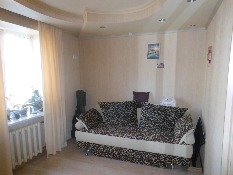 продажа трехкомнатной квартиры номер A-164042 в Суворовском районе, фото номер 11